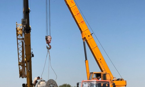 DIVE-Turbine_Darkhan_Installation_03_LR-1.500x300-crop.JPG